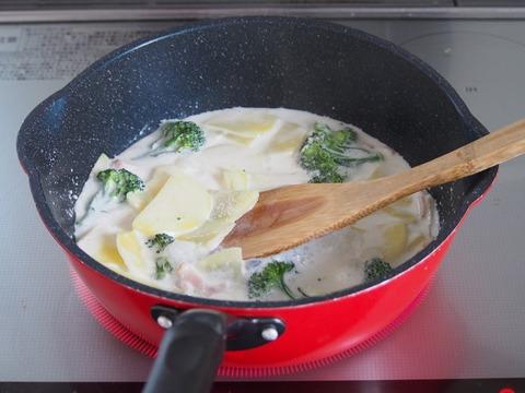 ポテトのミルクグラタン行程1