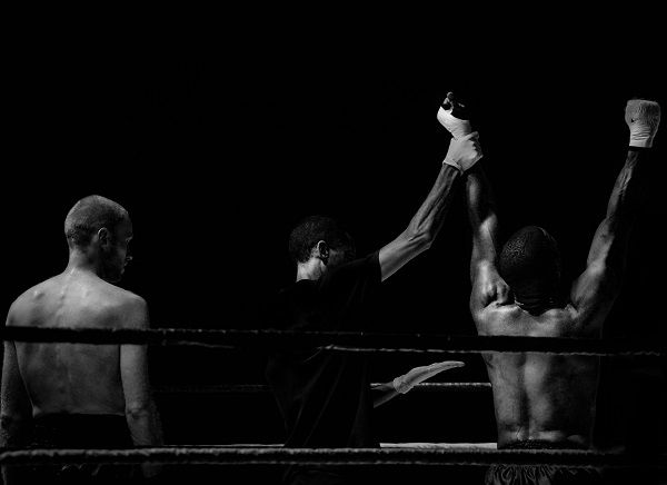 black-wallpaper-black-and-white-boxer-3797