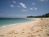 ほとんど人のいない砂浜