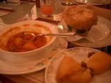 ボルシチとピロシキとつぼ焼き
