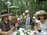 帽子屋さんの庭でガーデンパーティ