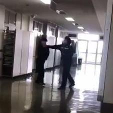 都立高校教師が生徒を暴行する動画拡散「どちらが悪いか」議論