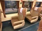 Tilt Train座席