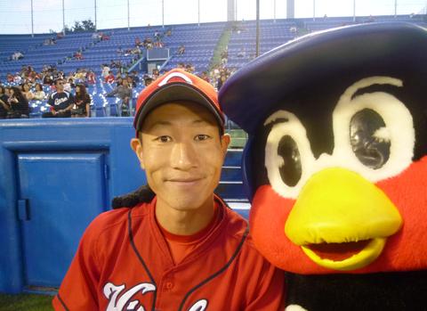 masato-akamatsu-tsuba-kuro-time-flies