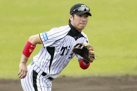 0216nishioka-001-thumb-450x300-91537
