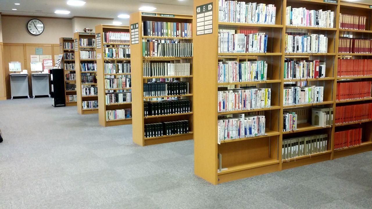 図書館 佐井 寺