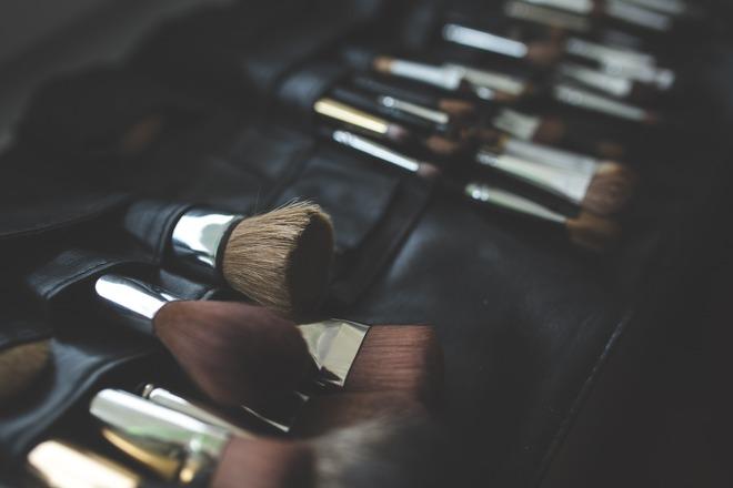 brush-791306_1920