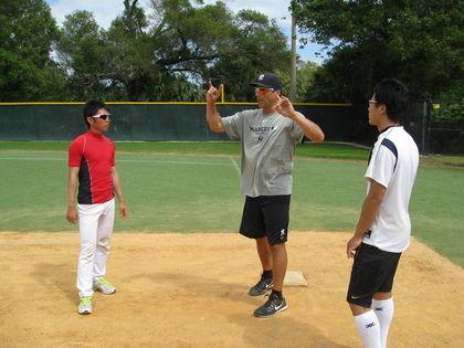 baseball-com13-313469