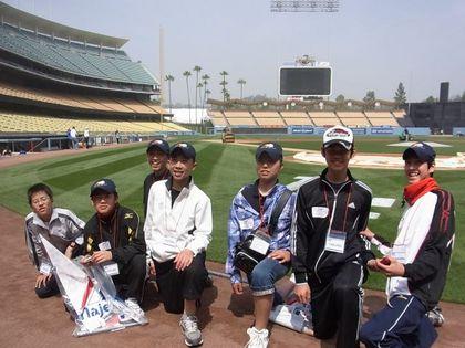 baseball-com1-310925[1]