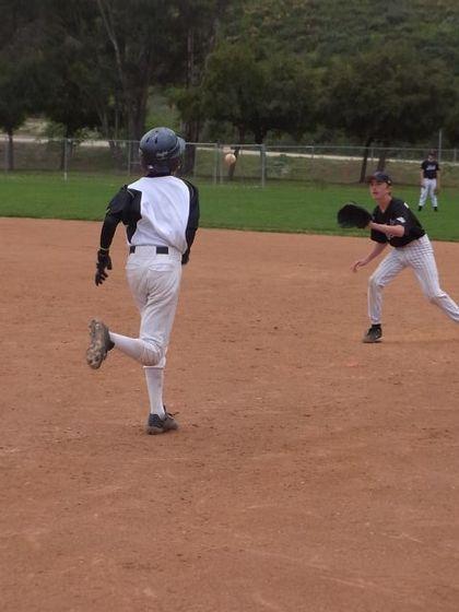 baseball-com1-311197[1]
