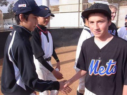 baseball-com1-311205[1]
