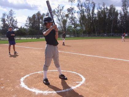 baseball-com1-311526[1]