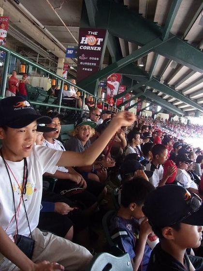 baseball-com1-341107[1]