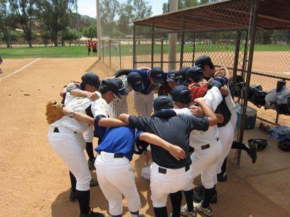 baseball-com1-340937[1]