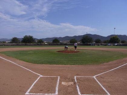 baseball-com1-339969[1]