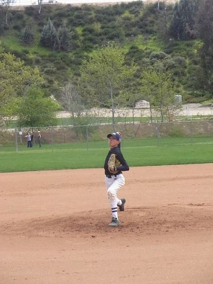 baseball-com1-311525[1]