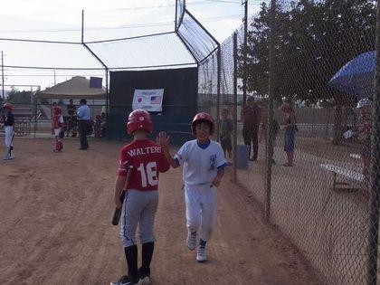 baseball-com1-339980[1]