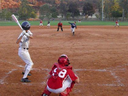 baseball-com1-340929[1]