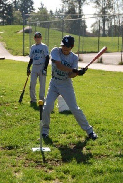 baseball-com12-307051