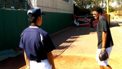 baseball-com12-308359