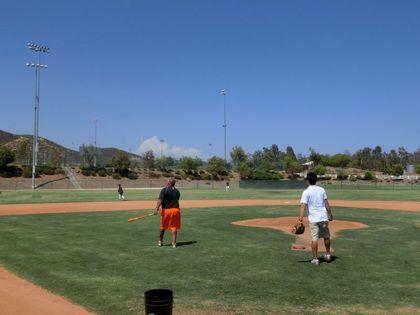 baseball-com12-424028