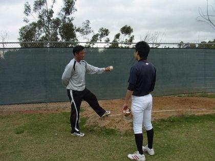 baseball-com12-324930