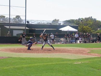 baseball-com12-308341