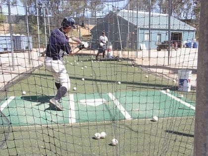 baseball-com12-308355