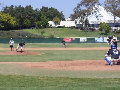 baseball-com12-308349