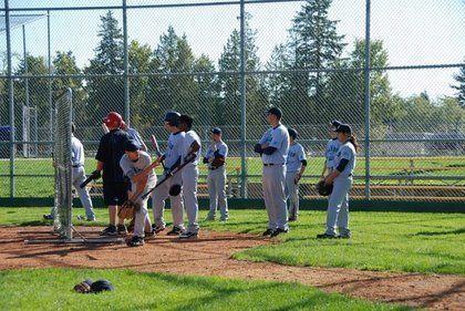 baseball-com12-307052