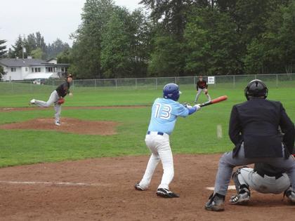 baseball-com12-328057
