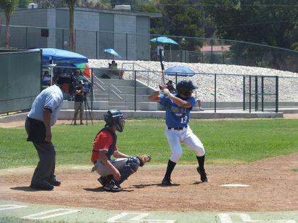 baseball-com12-424436