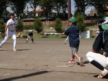 baseball-com14-433115