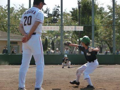 baseball-com14-433101
