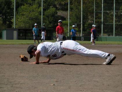 baseball-com14-433117