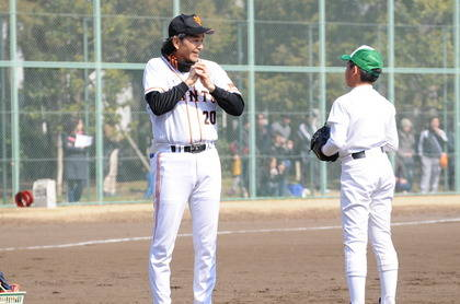 baseball-com14-469077