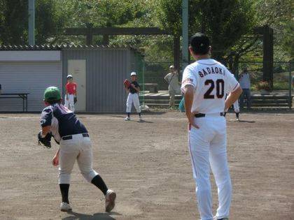 baseball-com14-433100