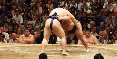 sumo05