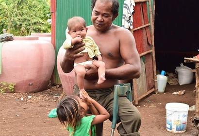 landmine survivor family