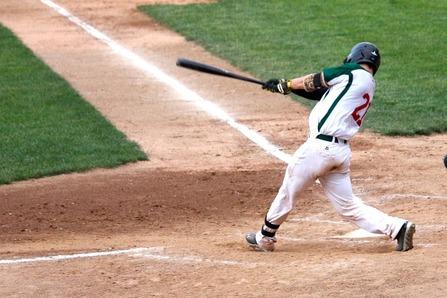 baseball-player-1087697_1280