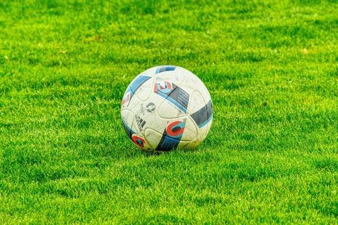 football-2778583_1920
