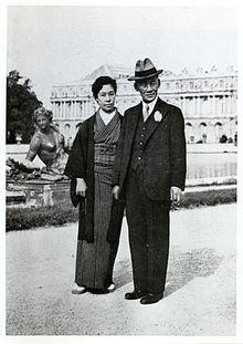 岡田三郎助と妻_八千代