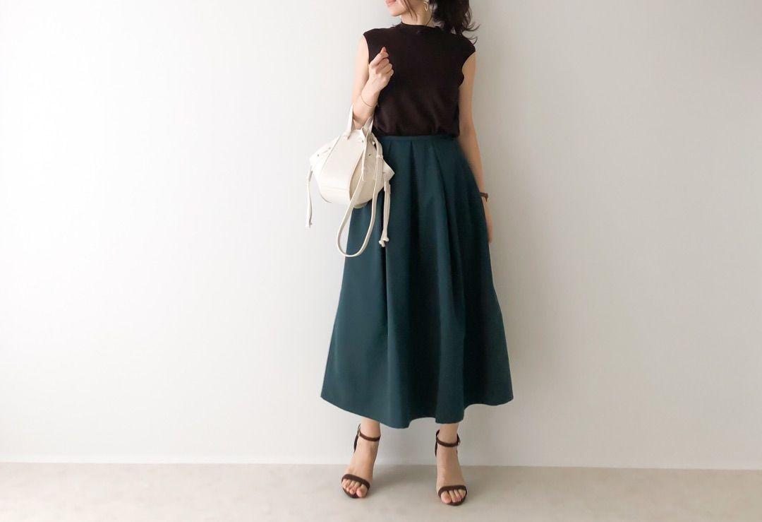 買っておいてよかった!GU晩夏から秋口に使えるアイテムと高見えスカート