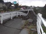 20041024中越地震災害現場01.jpg