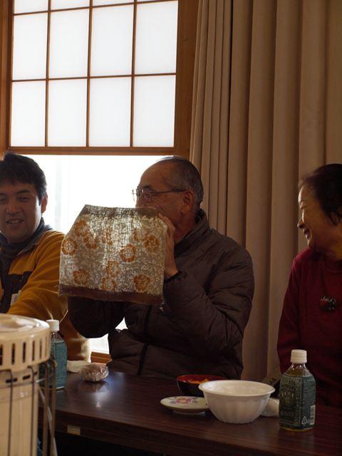 vga_121125-130019-地区公民館へ行き作品発表会3