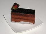 【デパ地下スイーツ】ロイスダールのチョコレートケーキ02