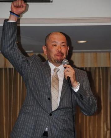 中日小田引退会見「やりましたーっ!」