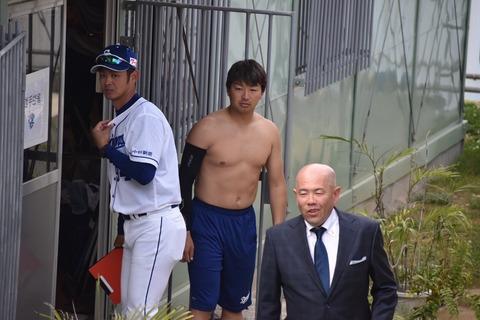 【悲報】中日田島、故障 右肘違和感