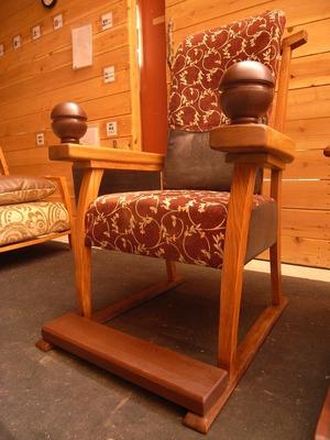 老人と椅子4