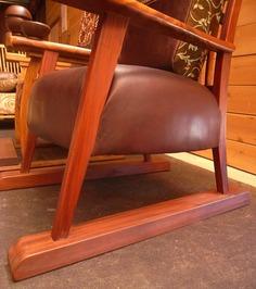 老人と椅子3